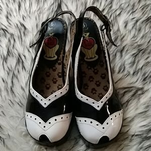 T.u.k Oxford Platforms With Peep Toes Size 6
